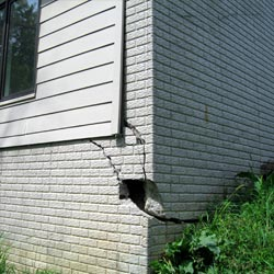 A damaged foundation with wall cracking in Oceanside